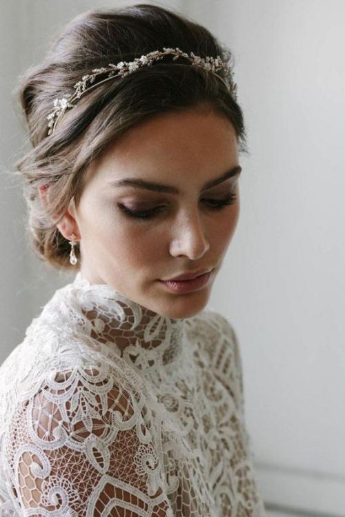 diadème mariage robe en dentelles