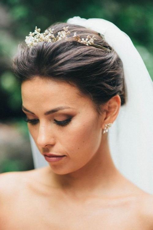 diadème mariage un cercle portant des perles