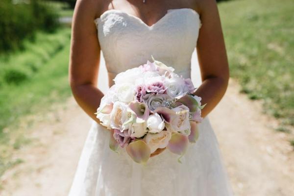 fabriquer soi-même bouquet de mariée artificiel
