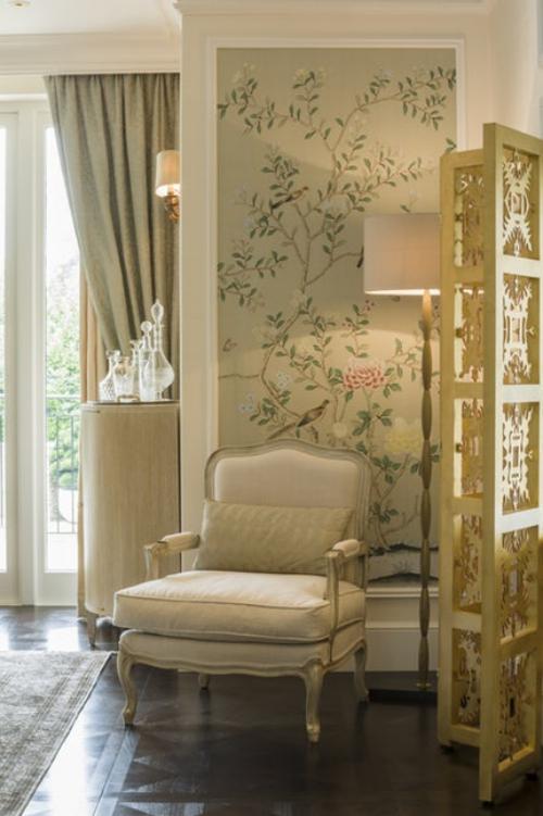 fauteuil relax un panneau sur le mur