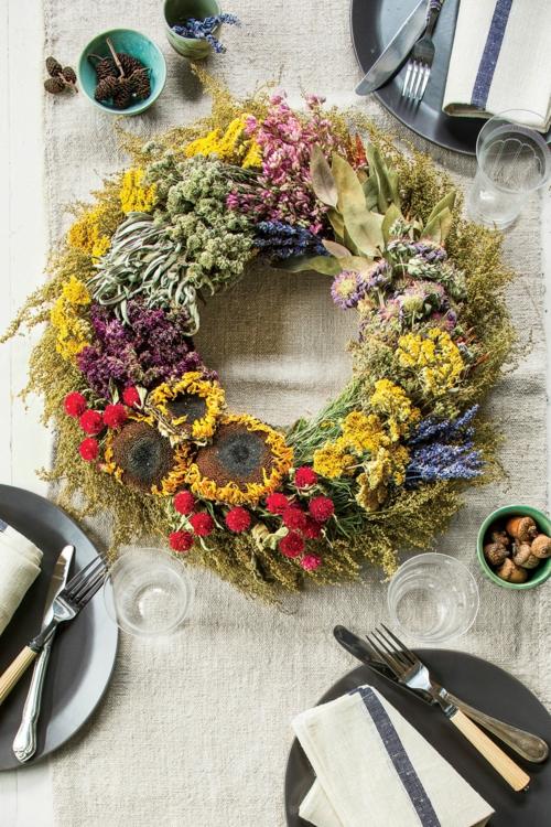 idée activité manuelle automne couronne table déco fleurs automnales