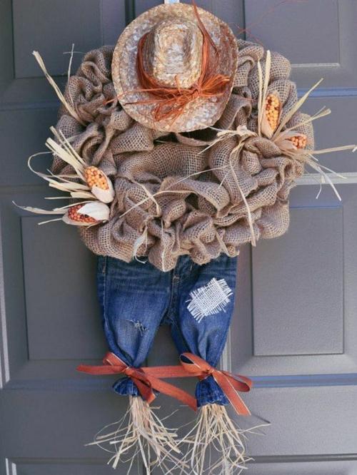 idée activité manuelle automne diy déco de porte épouventail