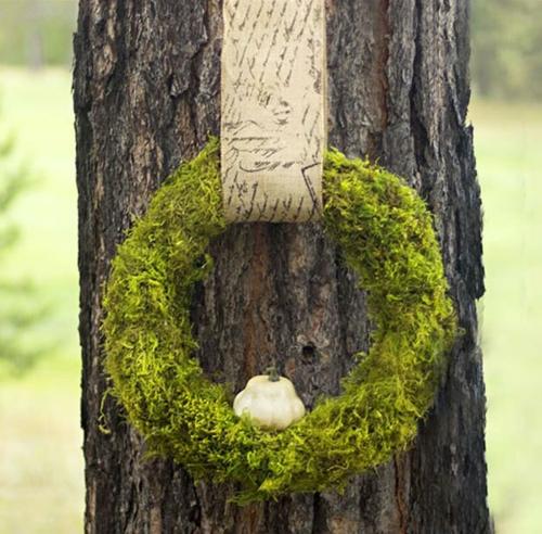 idée activité manuelle automne diy déco jardin couronne de mousse végétale