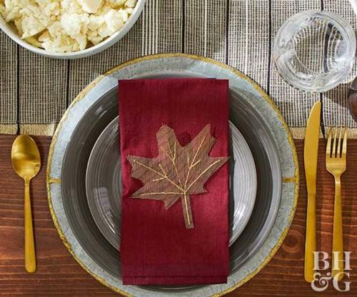 idée activité manuelle automne serviette de table décorée