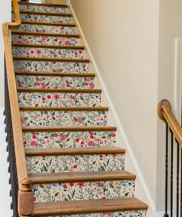 idée créative déco montée d'escalier papier peint