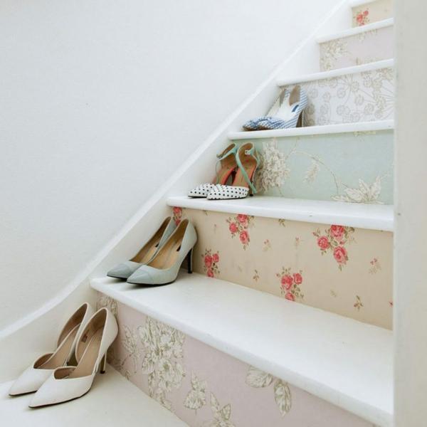 idée déco montée d'escalier papier peint