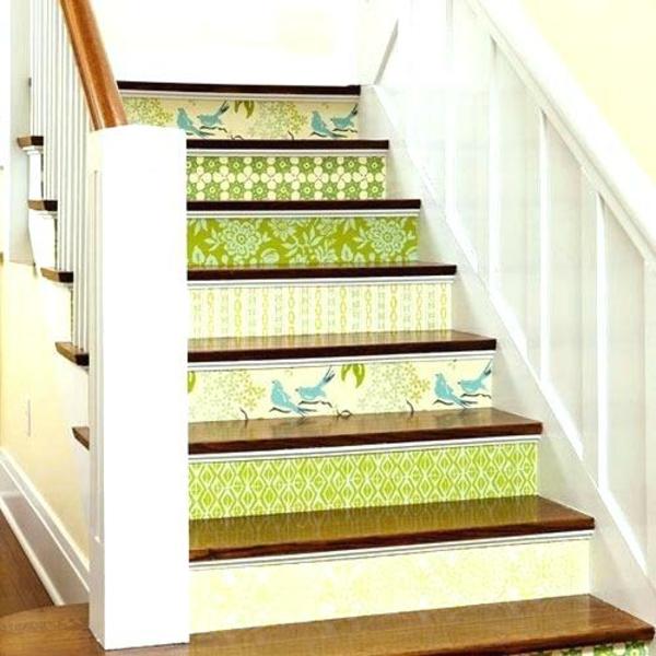 idée diy déco montée d'escalier papier peint
