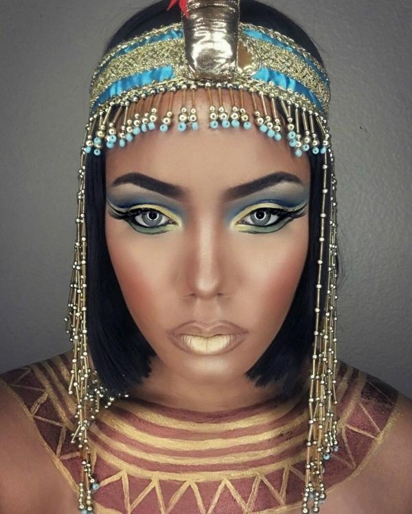 maquillage facile pour halloween femme cléopâtre
