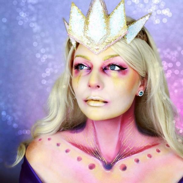maquillage facile pour halloween femme reine mythique