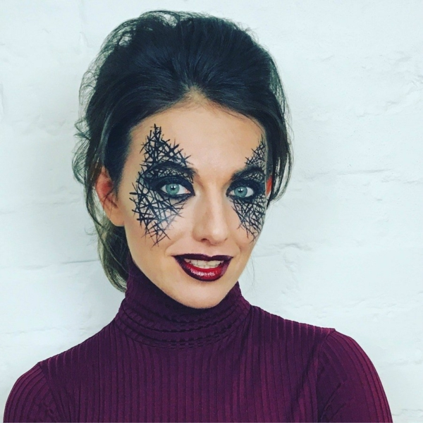 maquillage facile pour halloween femme toile d'araignée