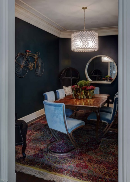 miroir Ikea murs en couleur sombre