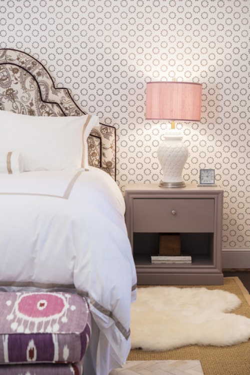 papier peint panoramique chevet du lit très original