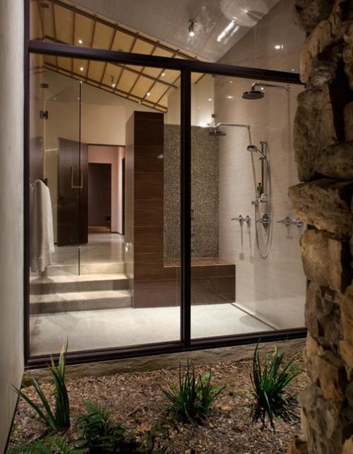 salle de bains avec suites vue sur le jardin