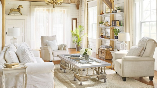 salon confortable chambre blanche