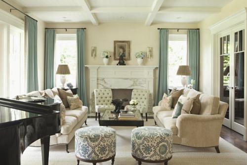salon couleurs pastel pièce en vert gris