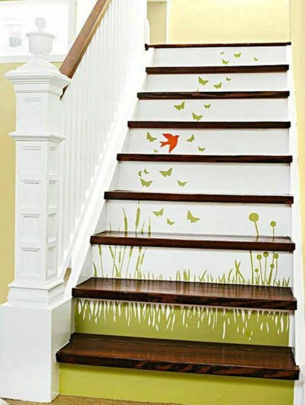 superbe idée de déco montée d'escalier papier peint
