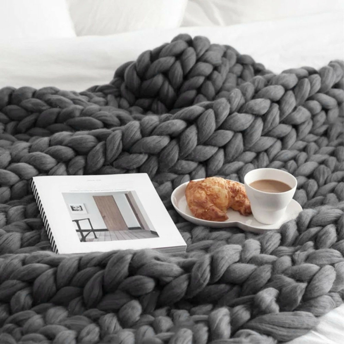 ambiance cocooning plaid grosse maille