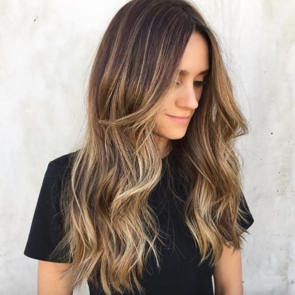 balayage pour brune cheveux longs