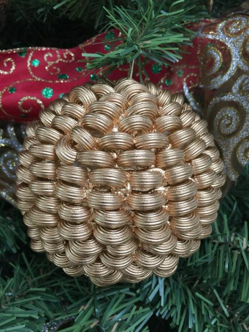 boule d'or idée bricolage noël pâtes alimentaires