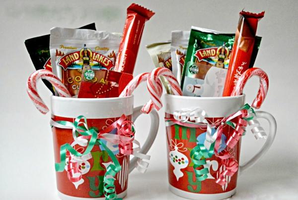 cadeau Noël à faire soi-même plein de friandises