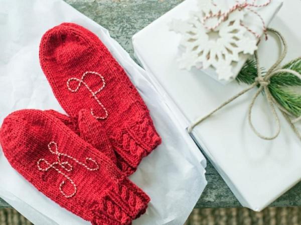 cadeau de noël maman à faire soi-même gants tricotés