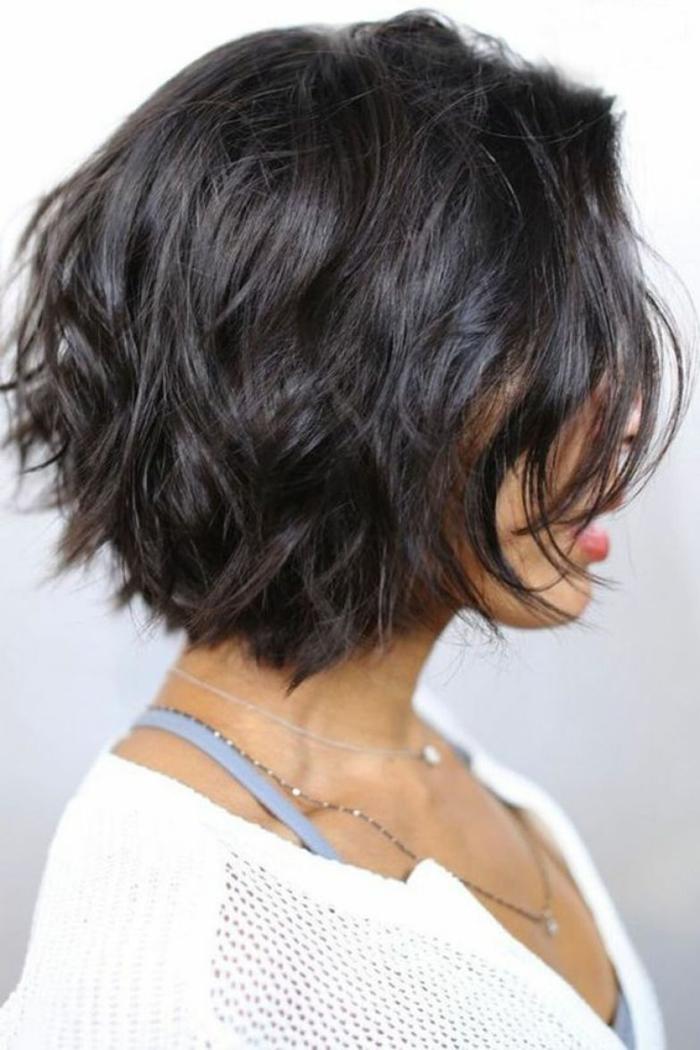 carré dégradé cheveux courts