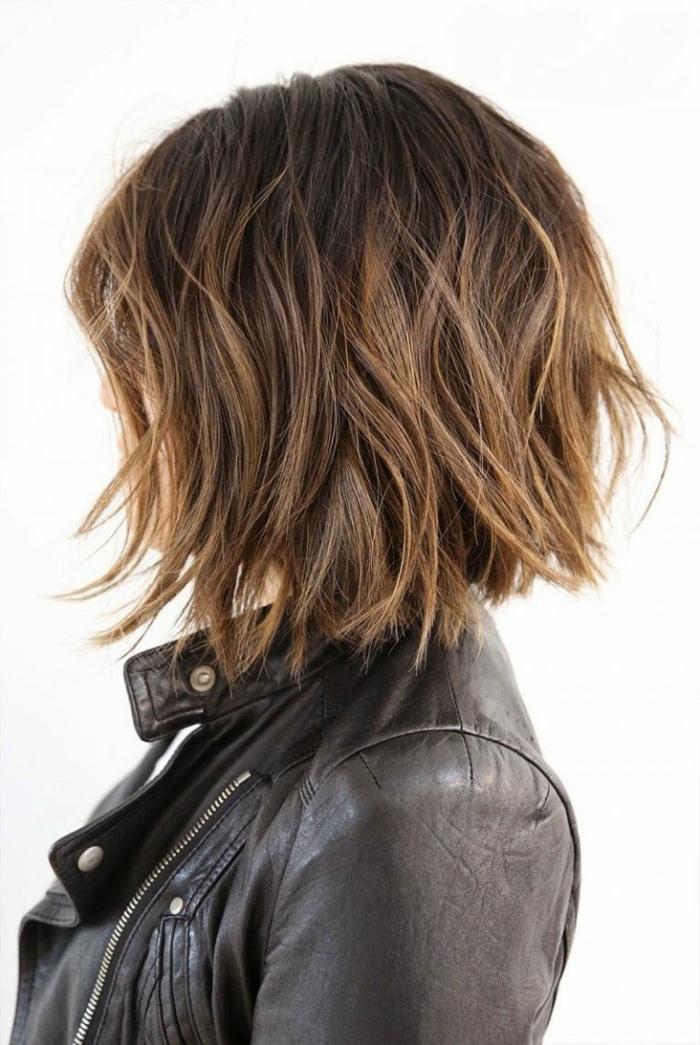 carré dégradé pour une coiffure moderne
