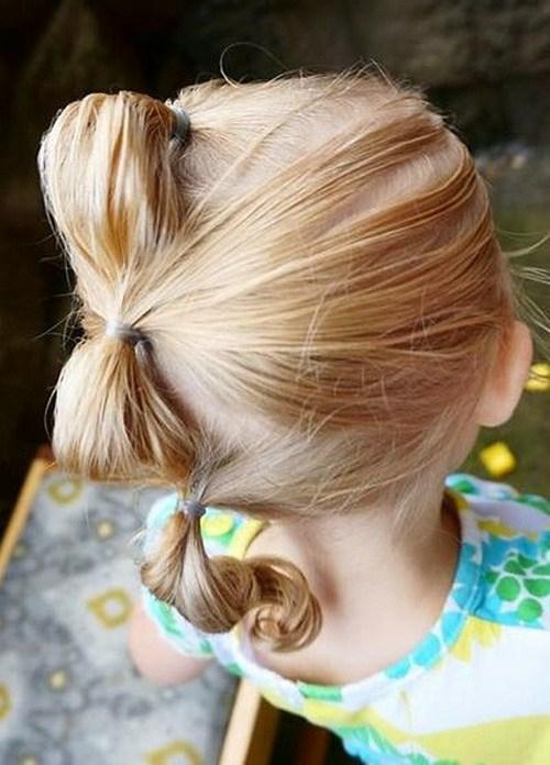 coiffure bébé fille Faux Hawk