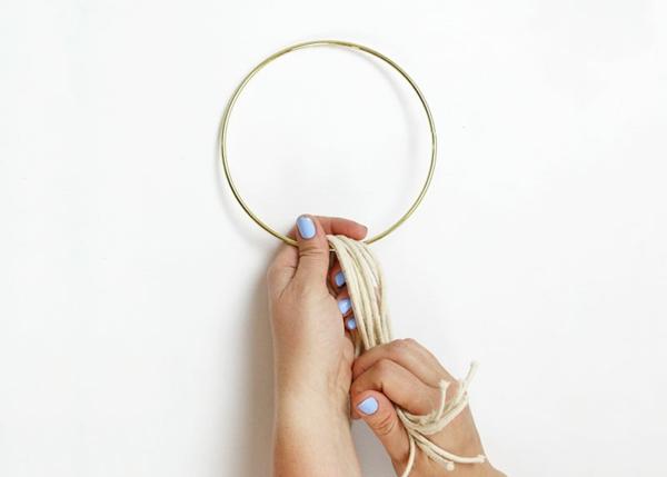 comment faire une suspension macramé anneau en métal
