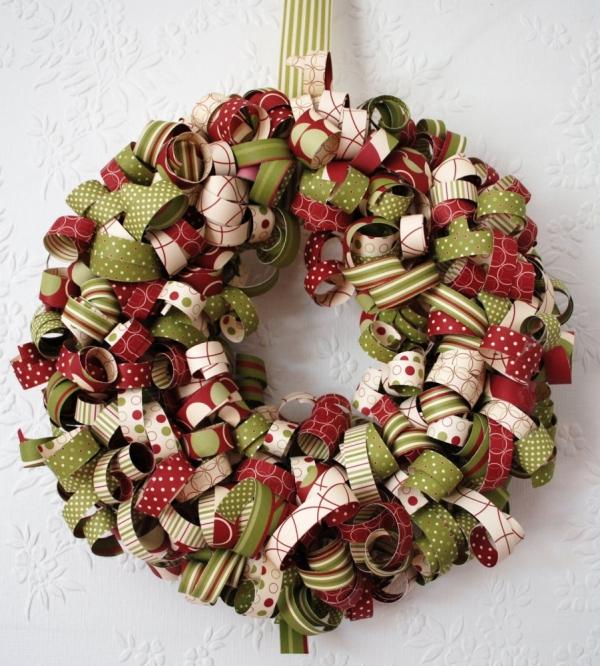 déco Noël à fabriquer en tissu des bandes de tissu multicolores