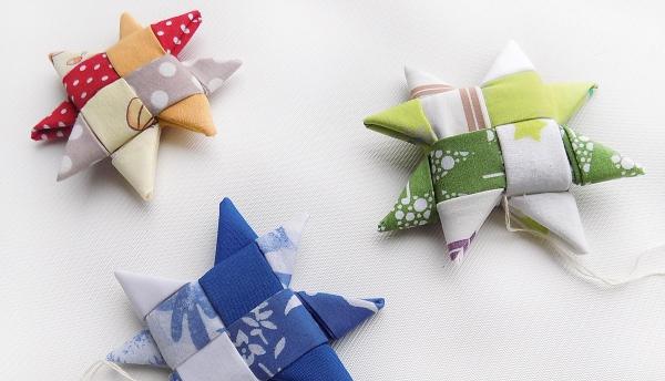 déco Noël à fabriquer en tissu serviettes pliées