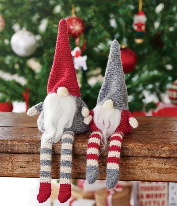 Crochet christmas table decorations shot on location