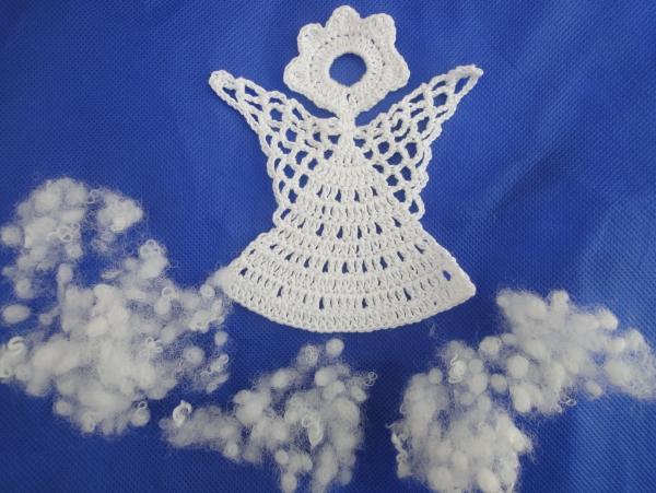déco Noël au crochet un ange dans les nuages