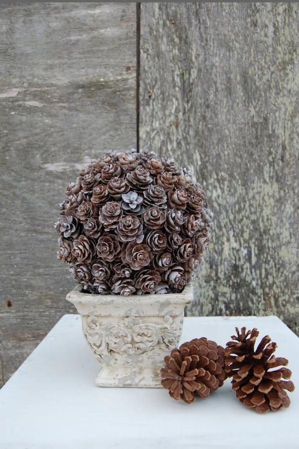déco Noël pomme de pin jolie décoration