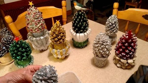 déco Noël pomme de pin objets magnifiques