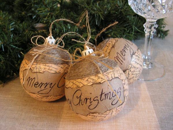 décoration Noël à fabriquer en bois grosses boules