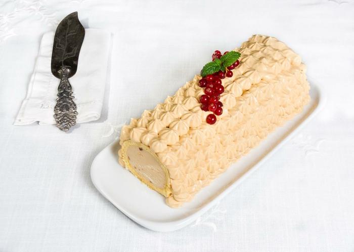 décoration bûche de noël à la crème