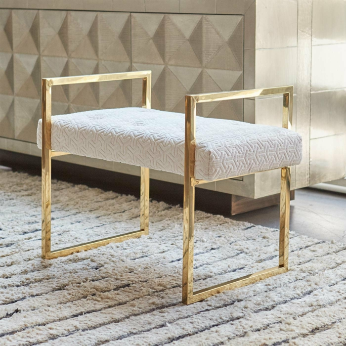 décoration chambre adulte meuble moderne en laiton