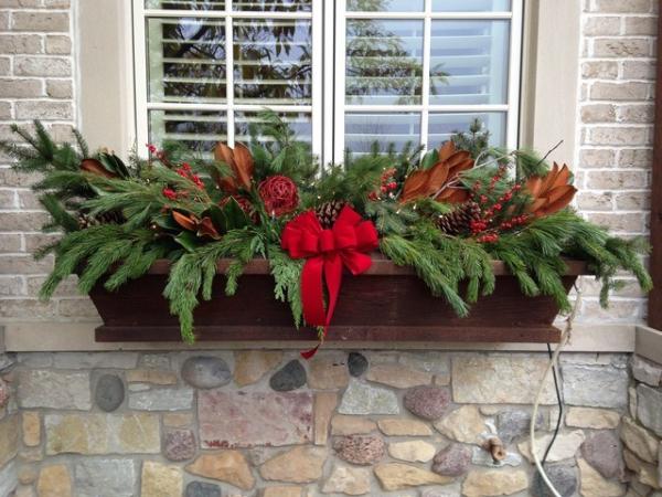 décoration de Noël fenêtre un coffre en bois