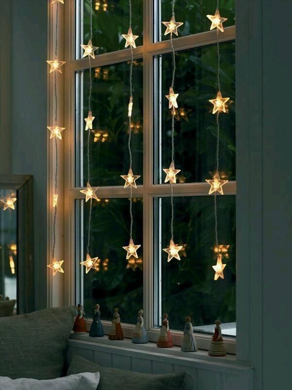 décoration de Noël fenêtre vitre éclairée