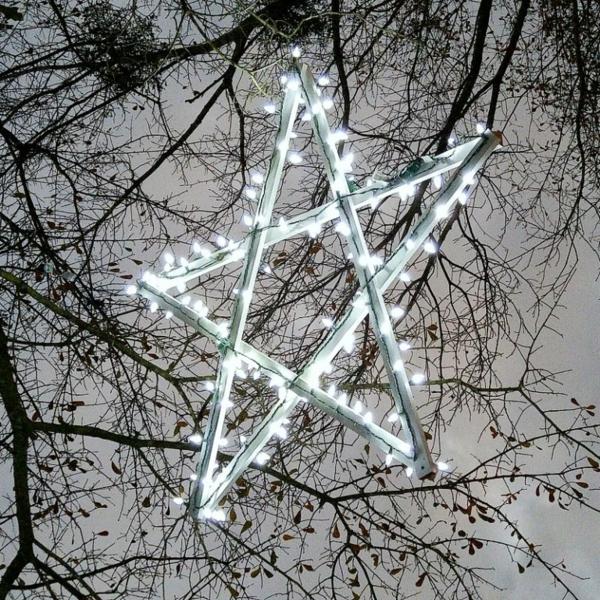 décoration de noël extérieur étoile en bois diy