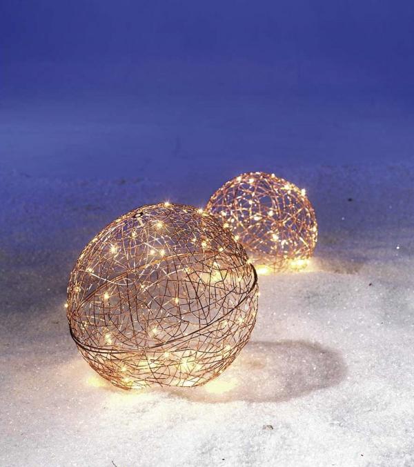 décoration de noël extérieur boule lumineuse en fil de fer