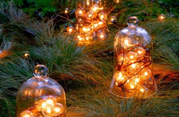 décoration de noël extérieur cloche en verre boules de sapin