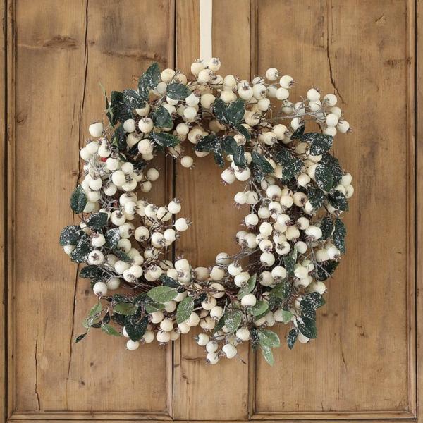 décoration de noël extérieur couronne canneberges blanches