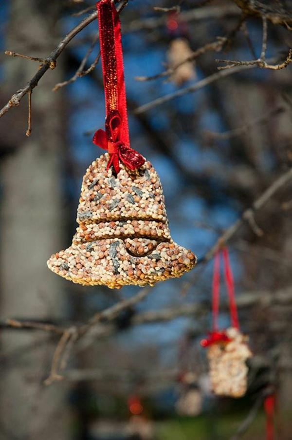 décoration de noël extérieur ornement en graines