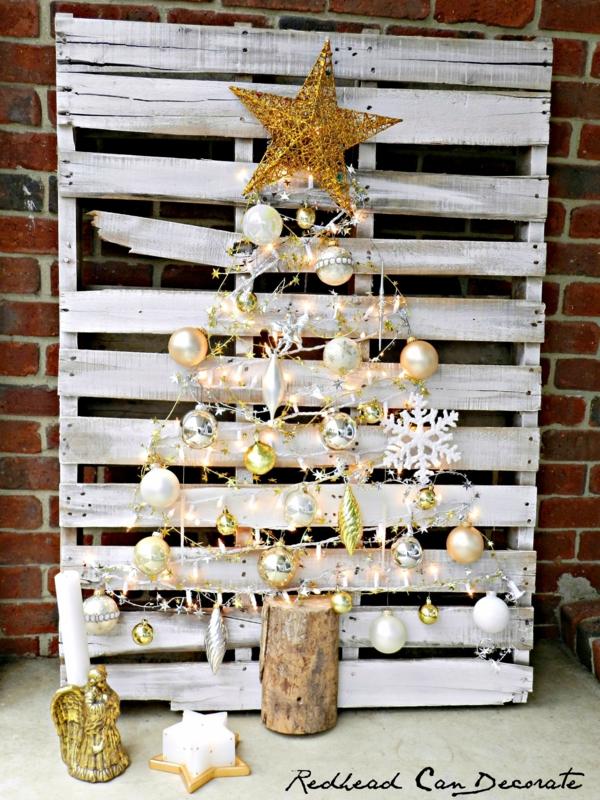 décoration de noël extérieur sapin en palette