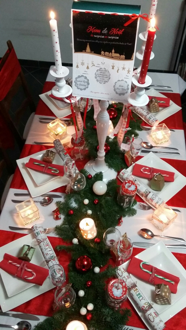 décoration de table Noël guirlande de conifères