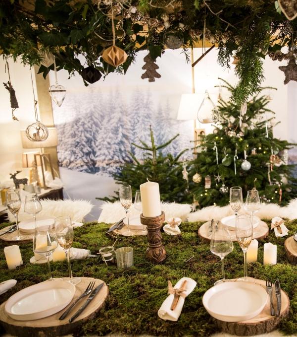 décoration de table Noël sous-assiettes tronc d'arbre