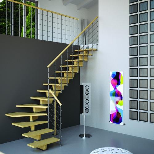 escalier quart tournant marches et main-courante en bois clair