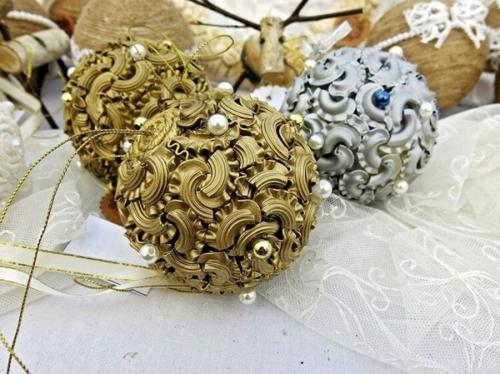 idée bricolage noël pâtes alimentaires boules de sapin